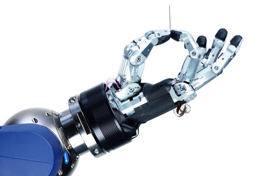 16_04_26 Roboterhand