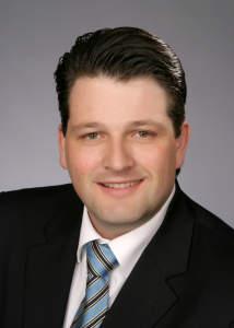 """Im November 2013 wurde Gilbert Riegel im Wettbewerb von Computerwoche und CIO als CIO des Jahres in der Kategorie Mittelstand sowie mit dem Sonderpreis """"Operational Excellence Award"""" ausgezeichnet."""