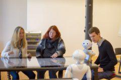 denn-sie-wissen-nicht-was-sie-tun-studie-der-tu-darmstadt-zur-robotisierung-von-buero-und-dienstleis