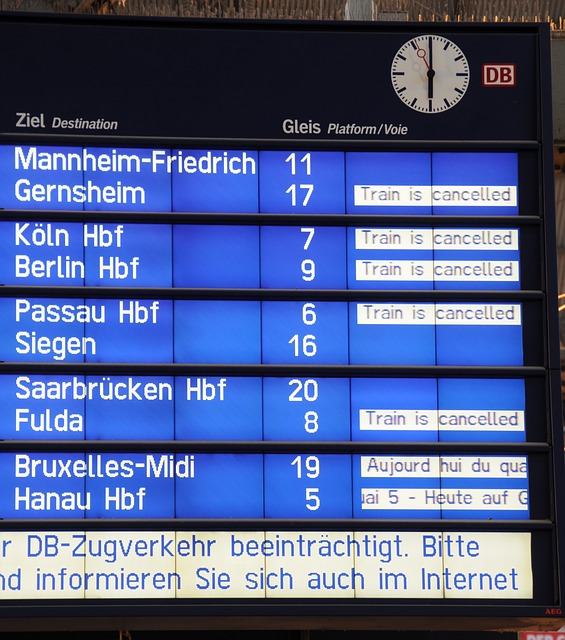 deutsche-bahn-494624_640